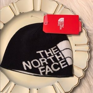 NWT The North Face Youth Andee's Beanie Small